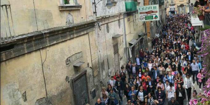 In processione per Sant'Antimo: le tradizioni rendono viva la comunità!