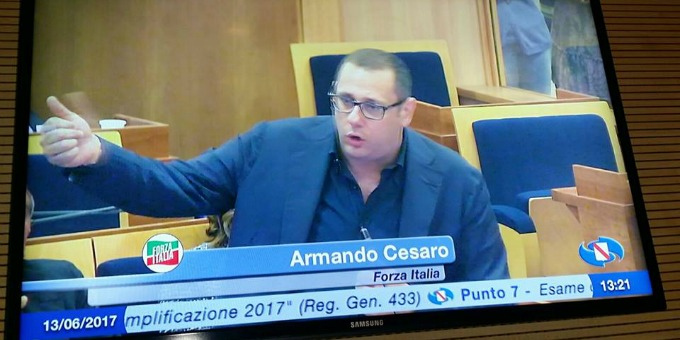 La Campania preda della rottura tra maggioranza e giunta regionale!