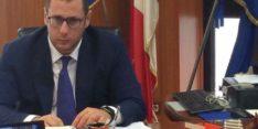 FONDI EUROPEI: DE LUCA PRONTO A DARE 30 MILIONI A SCABEC, LA FOLLIA SI FA PROVVEDIMENTO